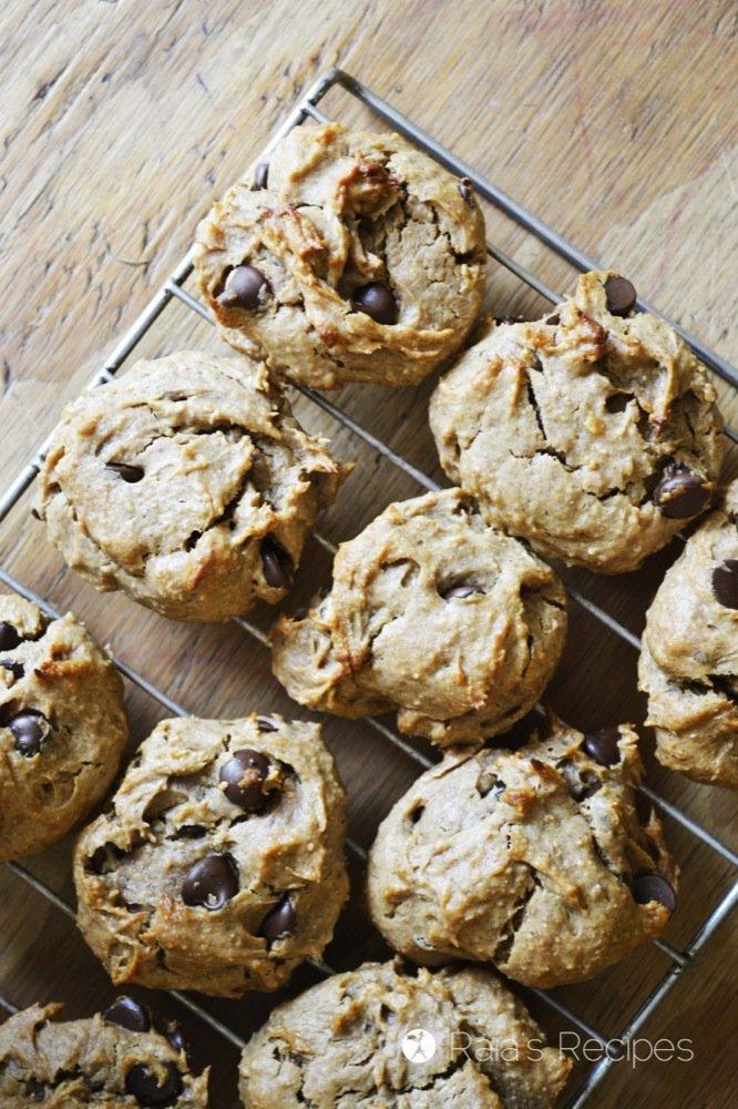 gluten free banana chocolate chip cookies