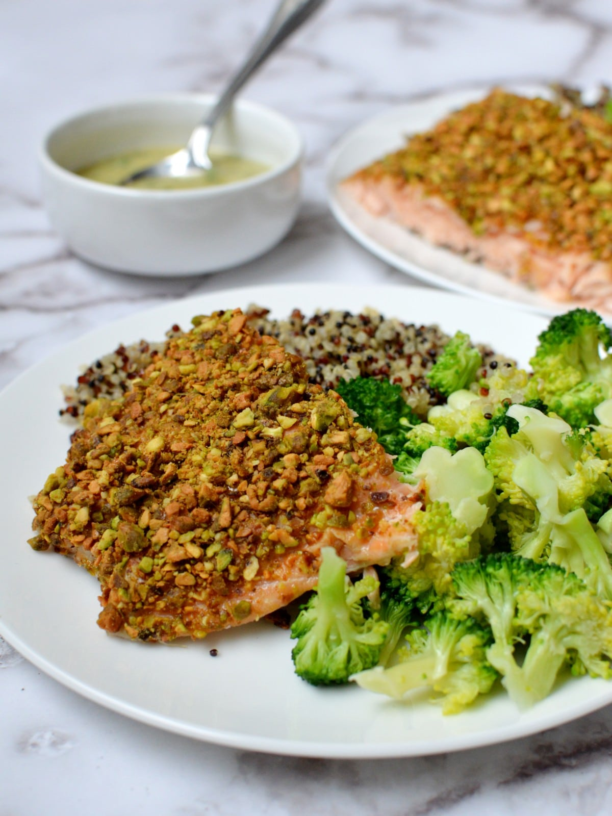 Pistachio encrusted salmon with broccoli