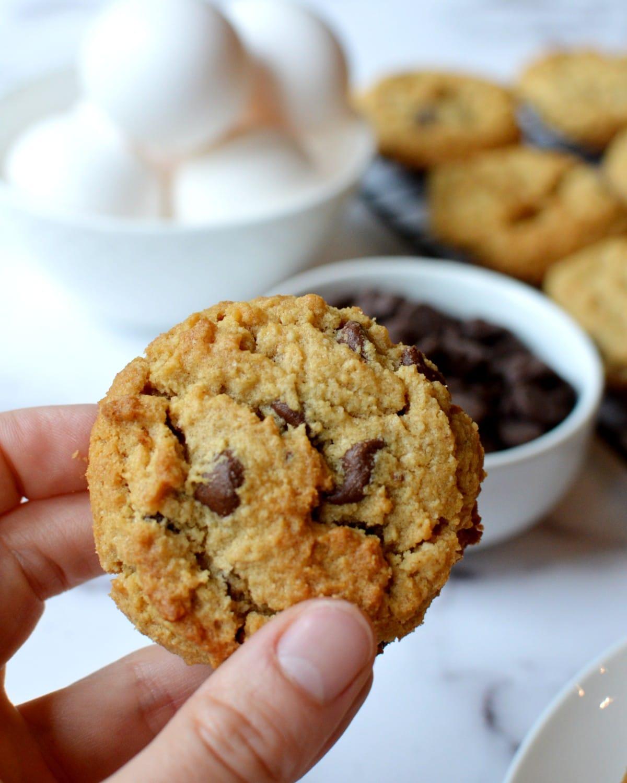 almond flour peanut butter cookie